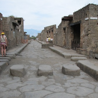 stepping stones, Pompeii 2007