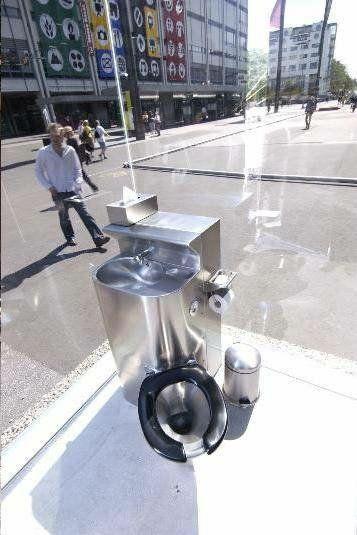 public-toilet-2